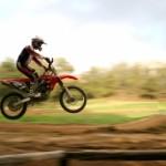 מה אפשר ללמוד מרכיבה על אופנוע? (רמז: הרבה מאוד)
